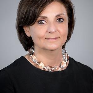 Névine Pollini