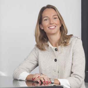 Ana Claver Gaviña, CFA