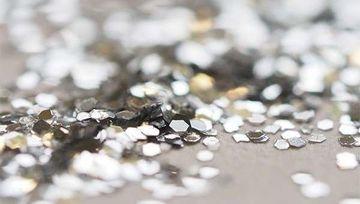 Si no hay recesión, ¿es mejor invertir en plata que en oro?