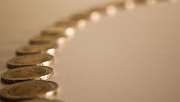 Las razones por las que los depósitos de las empresas crecen el triple que los de los hogares